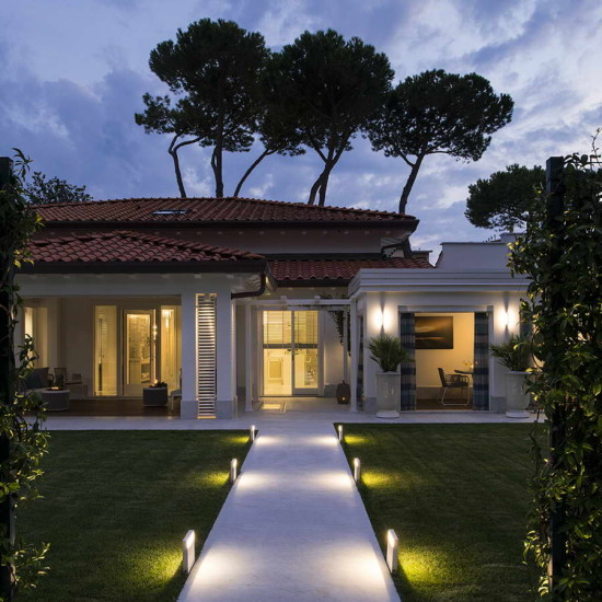 Totally renovated villa in Forte dei Marmi